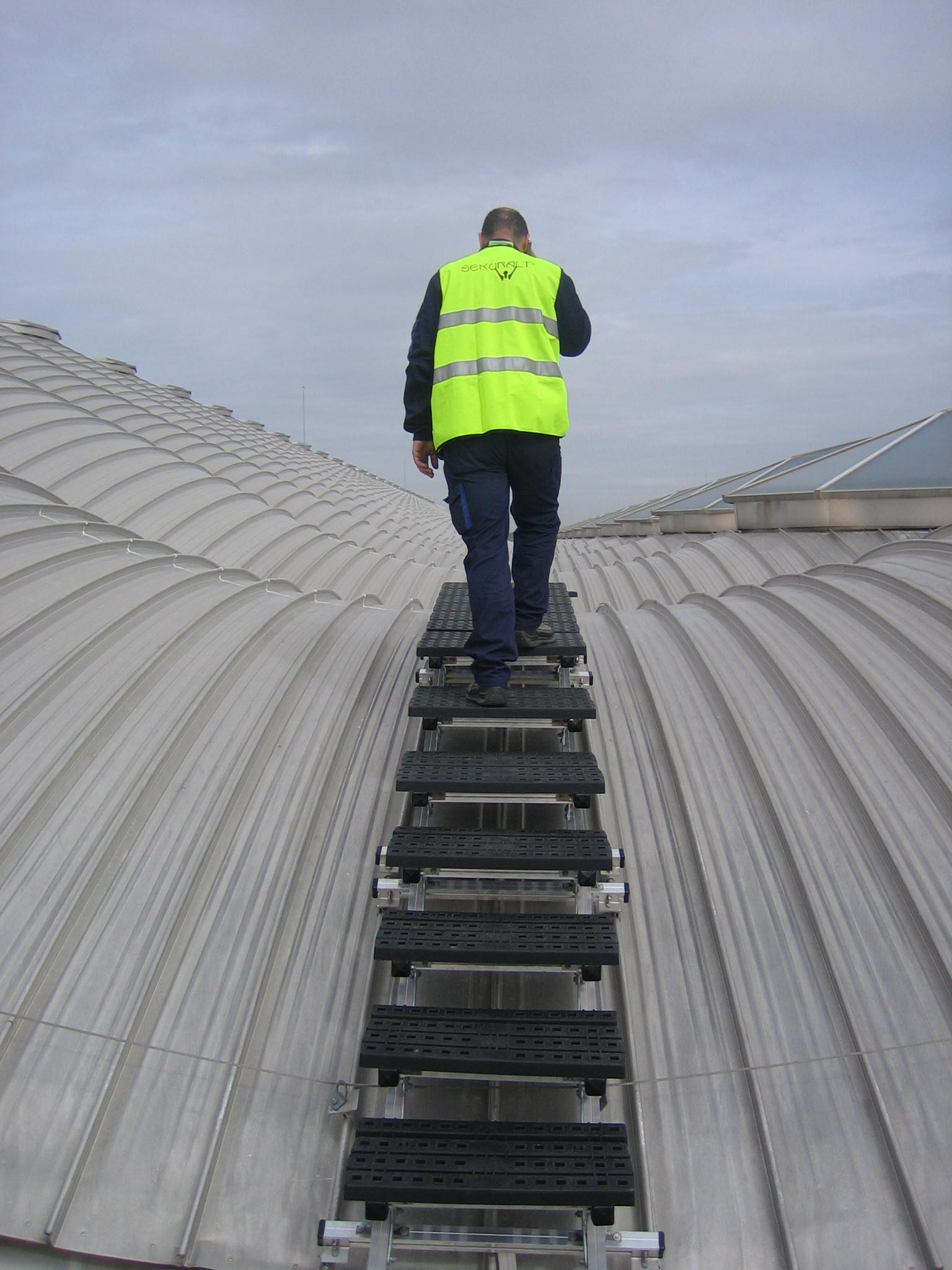 Fall Protection Specialist Kee Safety Has Recently Supplied Its Kee Walk® Roof  Safety Equipment ...